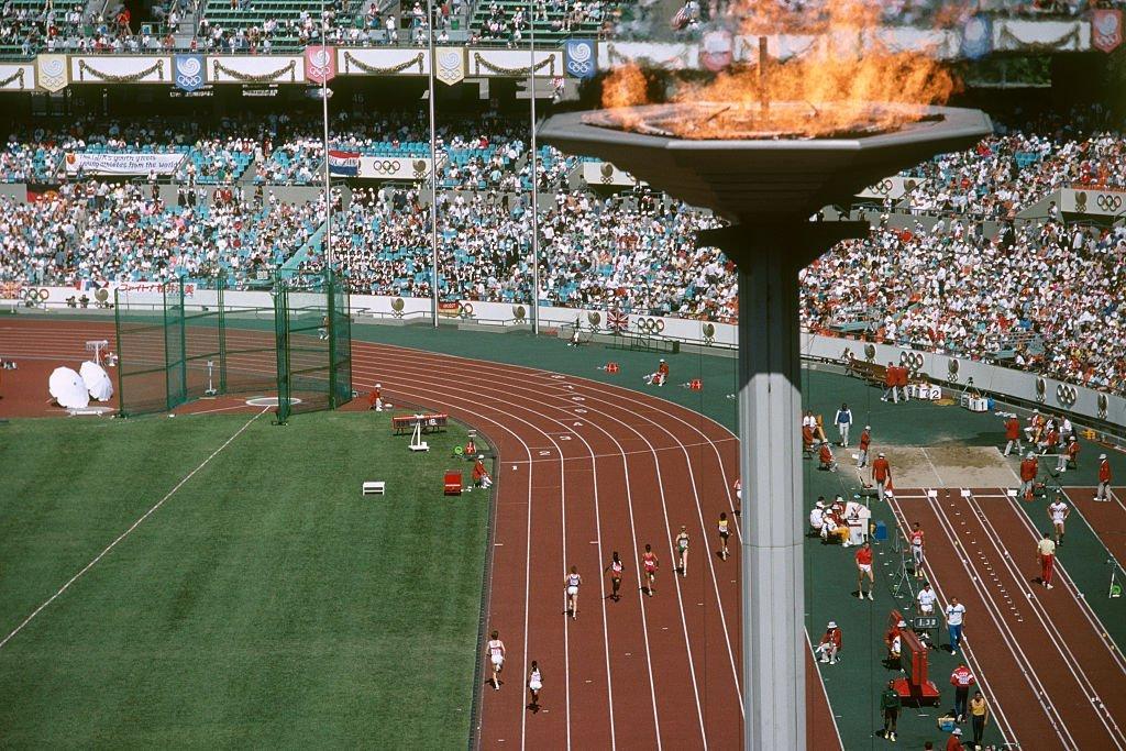 Pira olímpica em Seul: Coreias dividas nos jogos