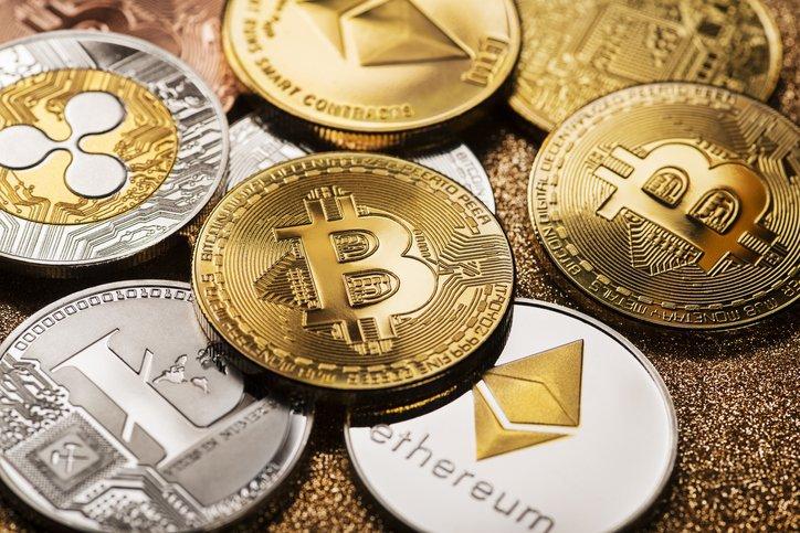 Preço do bitcoin e tokens DeFi disparam graças a problemas na rede Solana