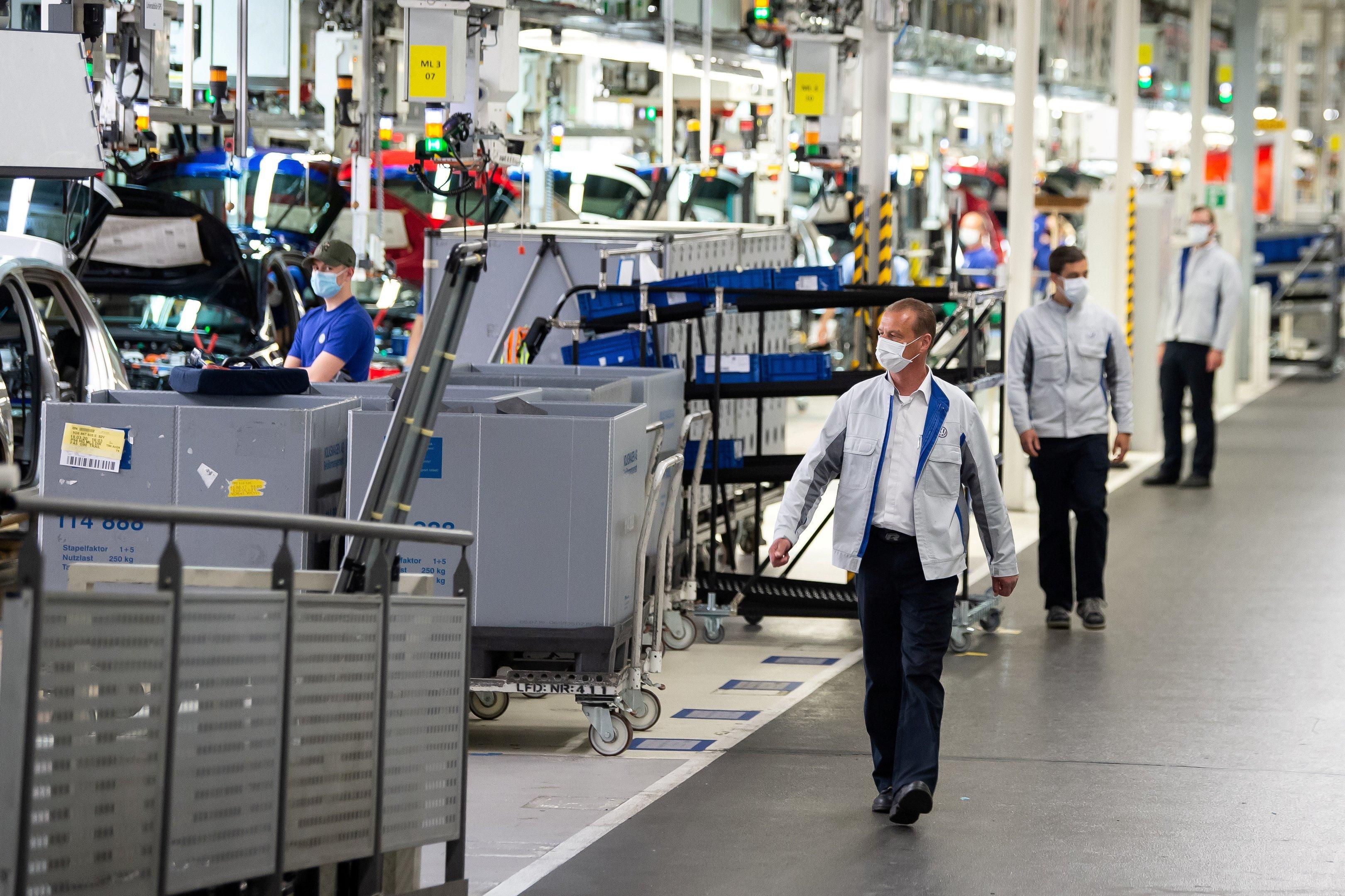 PMI industrial da zona do euro cai a 62,8 em julho
