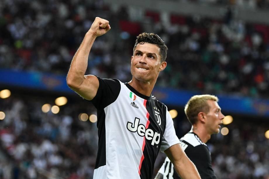 Cristiano Ronaldo (Manchester United), 125 million dollars.