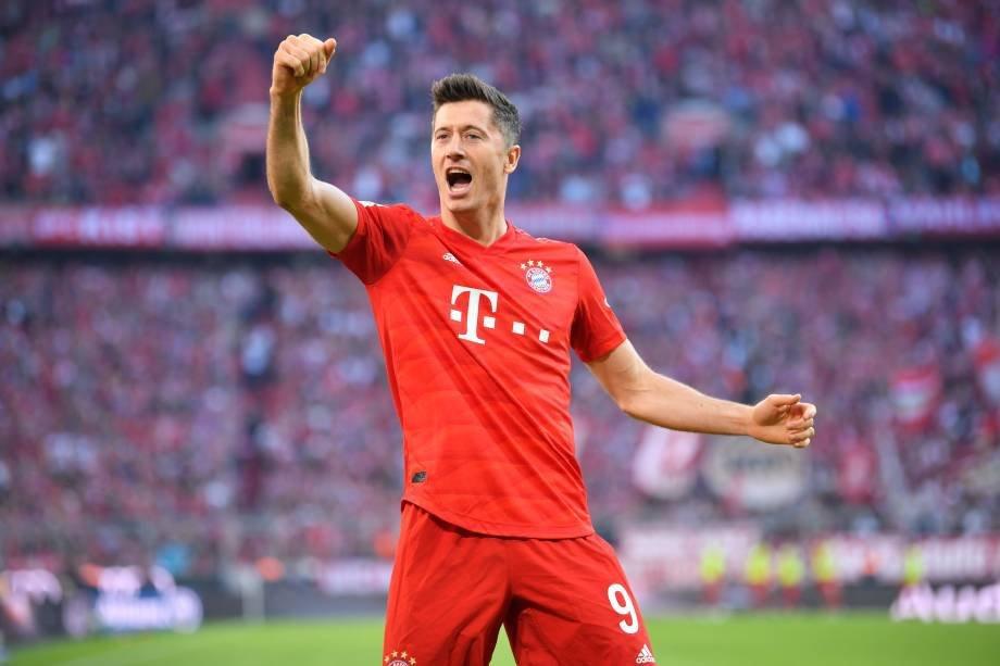 Robert Lewandowski (Bayern Munich), 35 million dollars.