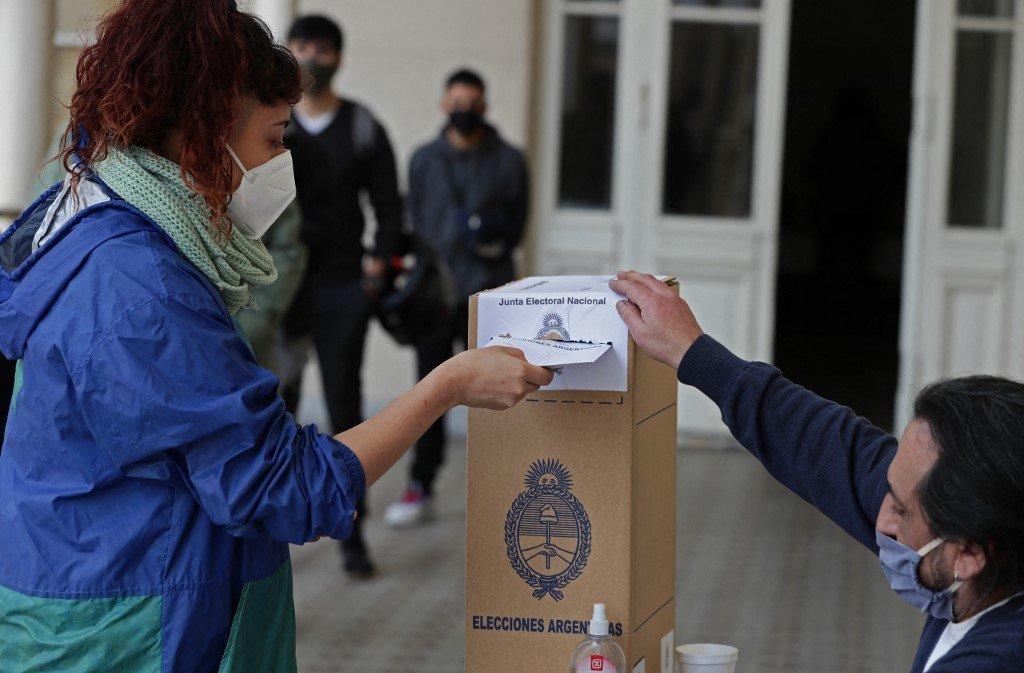 argentina eleicao derrota fernandez Argentine opposition triumphs over Peronists in legislative primary