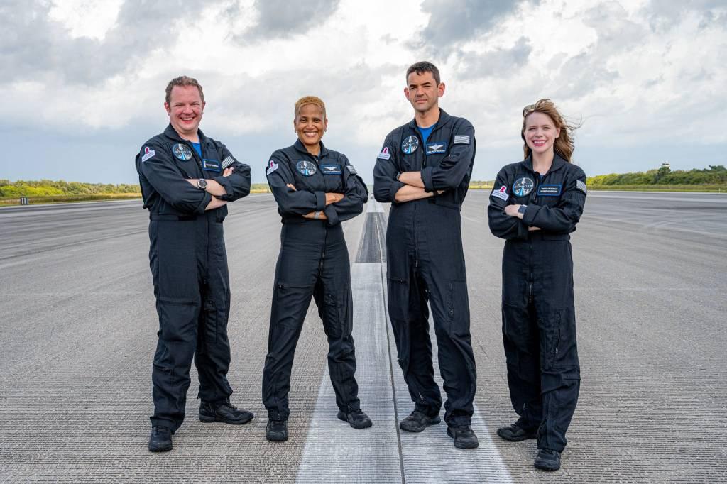 Tripulantes da missão Inspiration4 da SpaceX