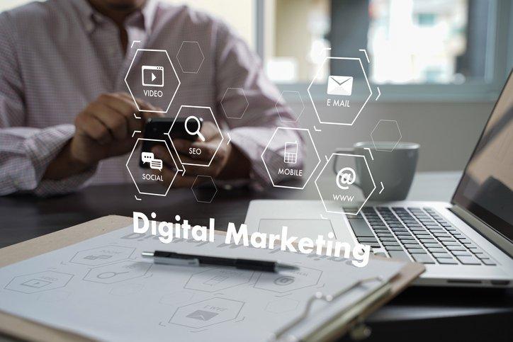 Esta estratégia de marketing usa as entrelinhas para fisgar clientes