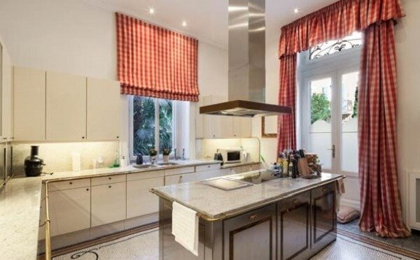 Homedit 2 Curtains or blinds? What is the best solution for your home?