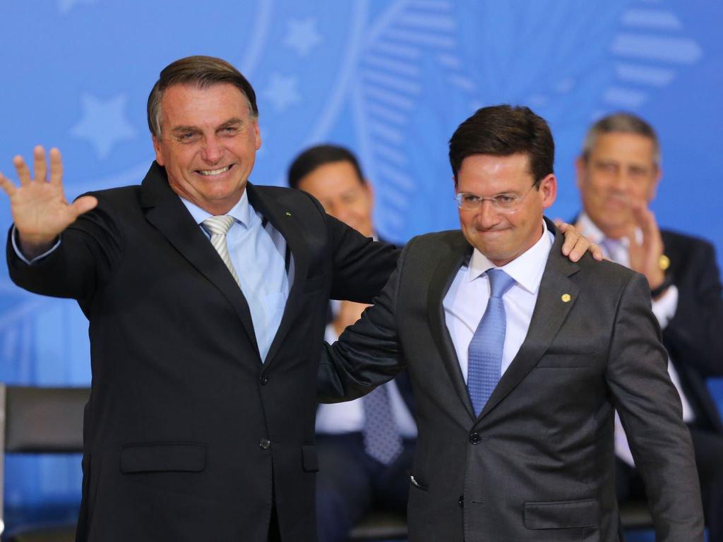 Jair Bolsonaro e João Roma