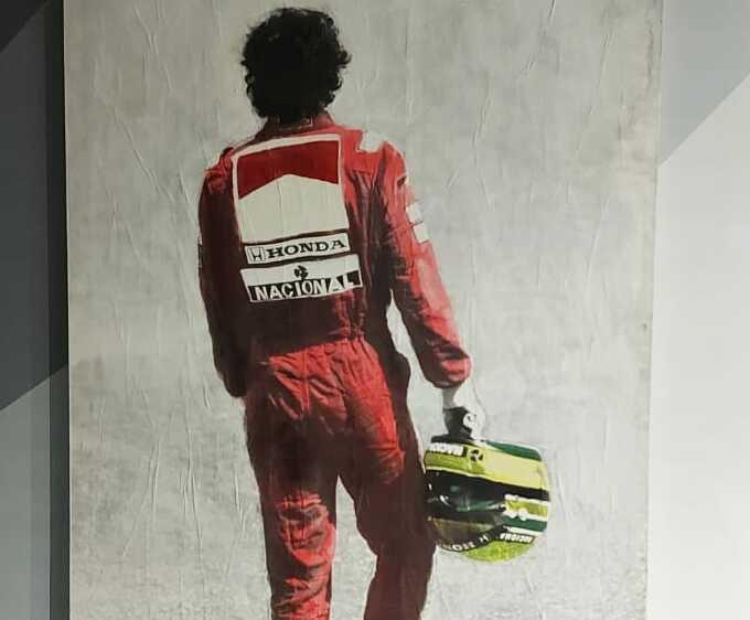 'Ayrton Senna do Brasil': exposição gratuita retrata trajetória do piloto
